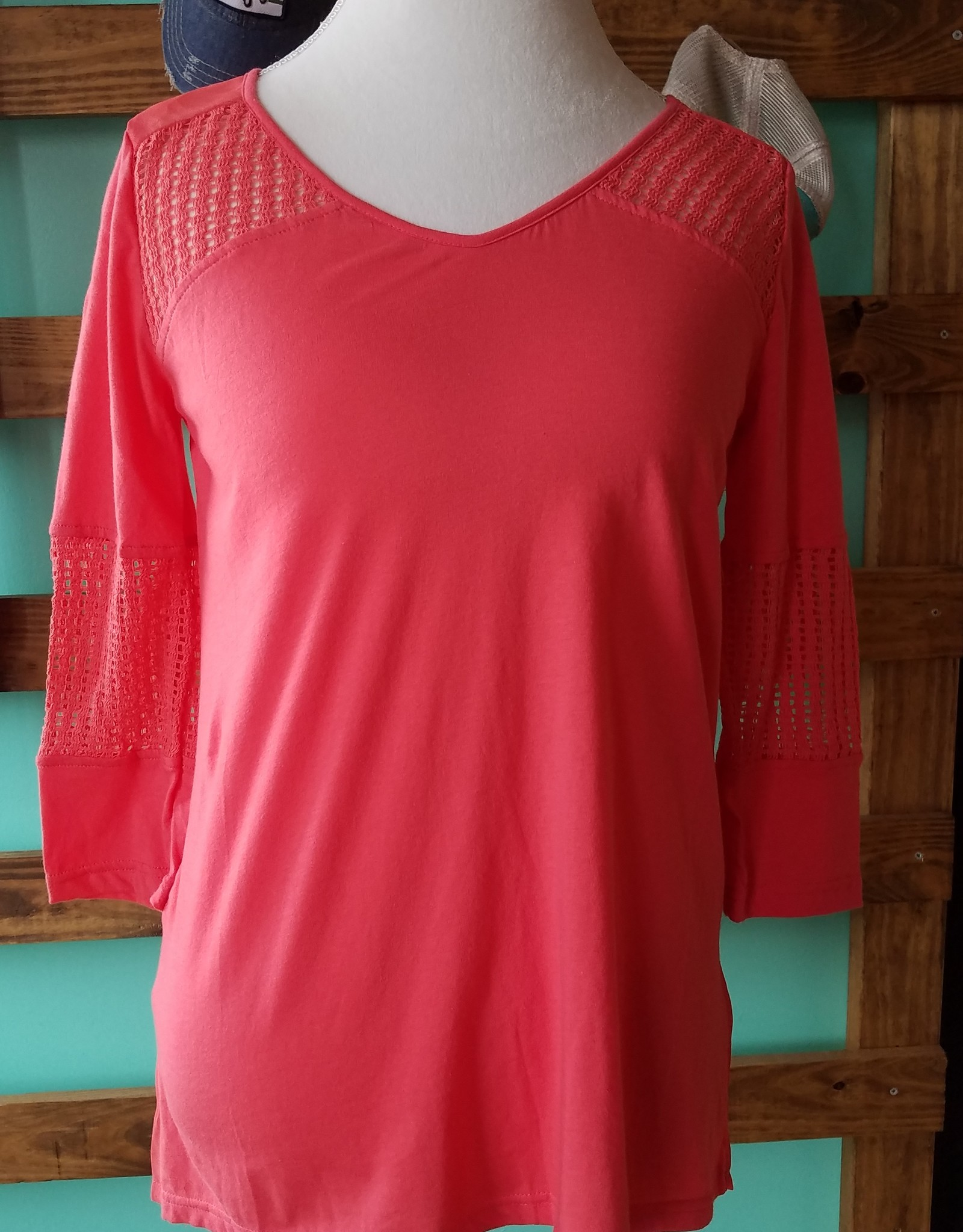 Monoreno Weaved Contrast Knit Top