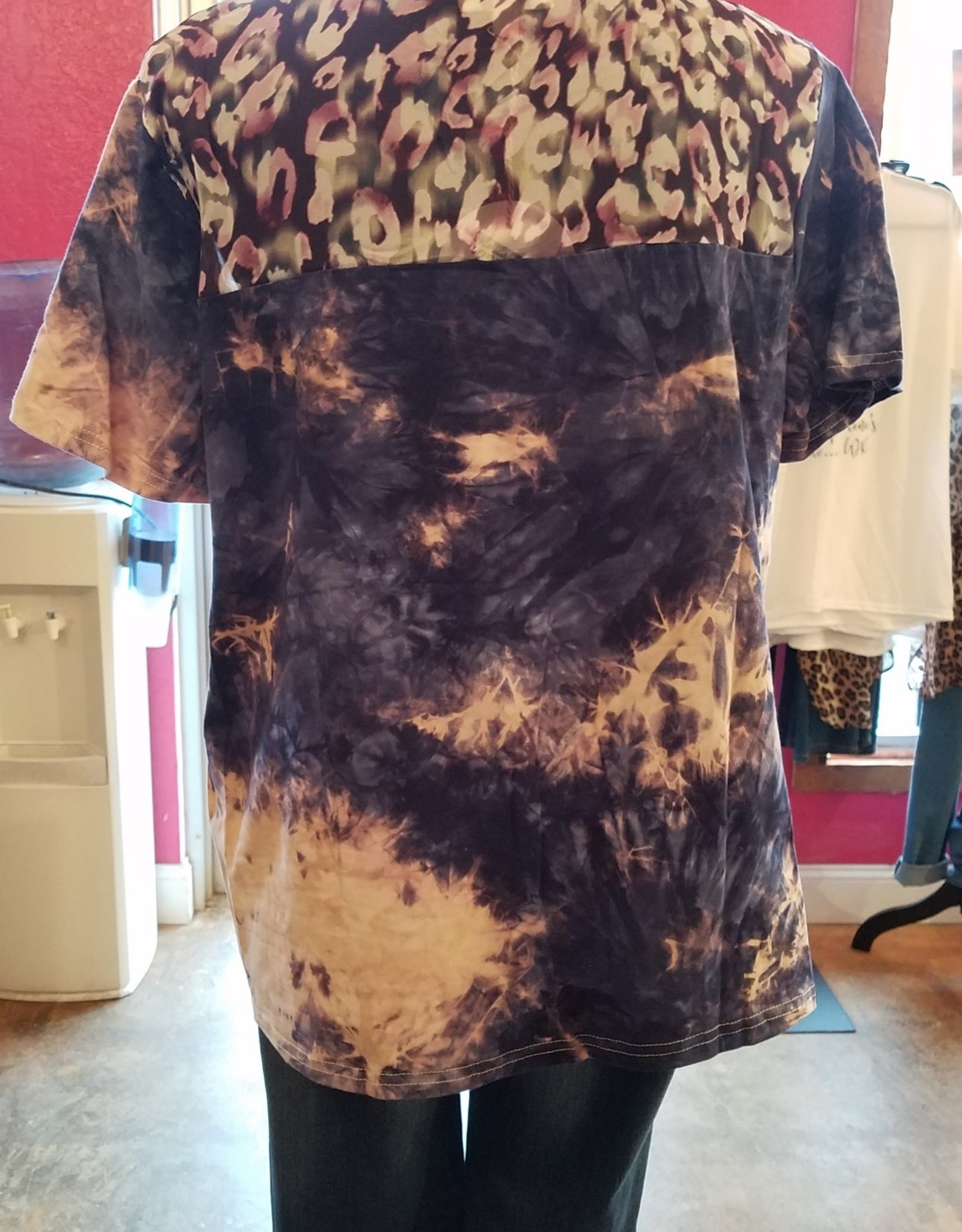 Tye Dye S/S Sheer Amimal Print Yoke Top