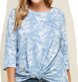 Winslow Collection Plus size tie dye quarter sleeve twist knot top