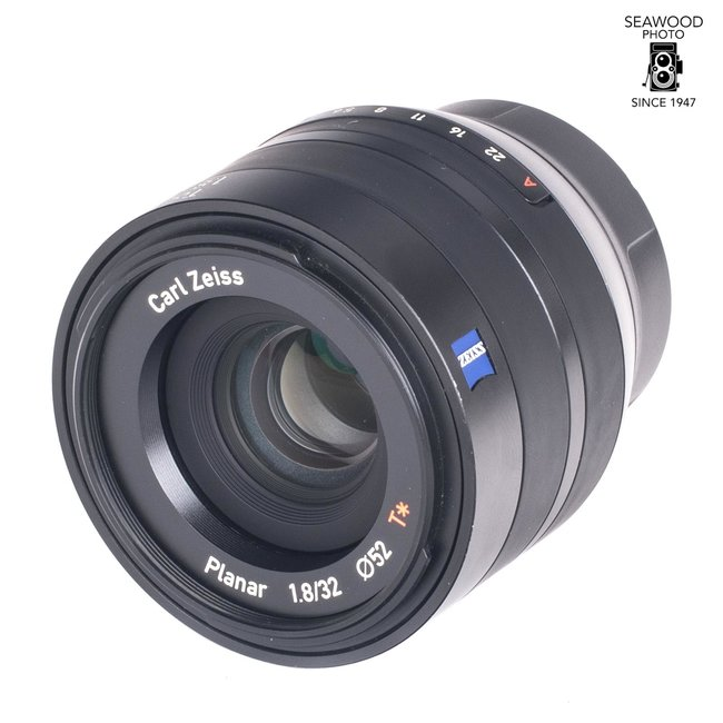 Zeiss Used Zeiss Touit 32mm F/1.8 Fuji X Mount