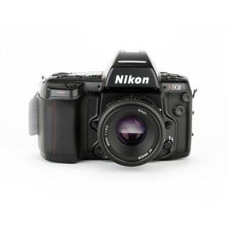 Nikon Nikon N90S w/50mm f/1.8D GOOD