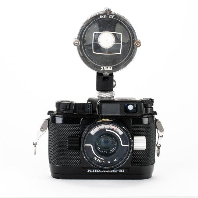 Nikon Nikonos III w/35mm and IKELITE Finder GOOD