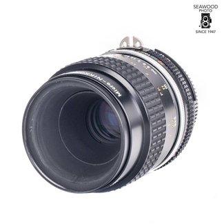 Nikon Nikon 105mm F/4 Micro UGLY