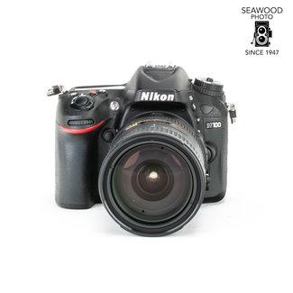 Nikon Nikon D7100 24.1mp w/ AF-S 18-200mm GII Under 3800 Shots! EXCELLENT