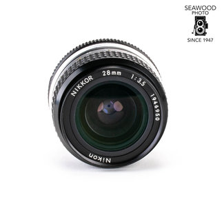 Nikon Nikon 28mm f/3.5 AI EXCELLENT