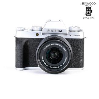 Fuji Fujifilm X-T200 w/15-45mm ASPH. Lens EXCELLENT