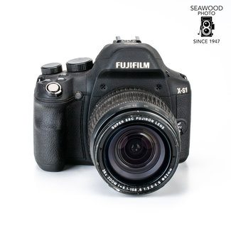 Fuji Fujifilm X-S1 12mp w/26X Zoom GOOD+