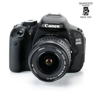 Canon Canon EOS 600D w/18-55mm IS 18.0mp UNDER 5200 SHOTS! EXCELLENT