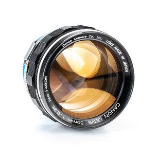 Canon Canon 50mm f/0.95 Dream Lens w/Sony E Mount Adapter EXCELLENT