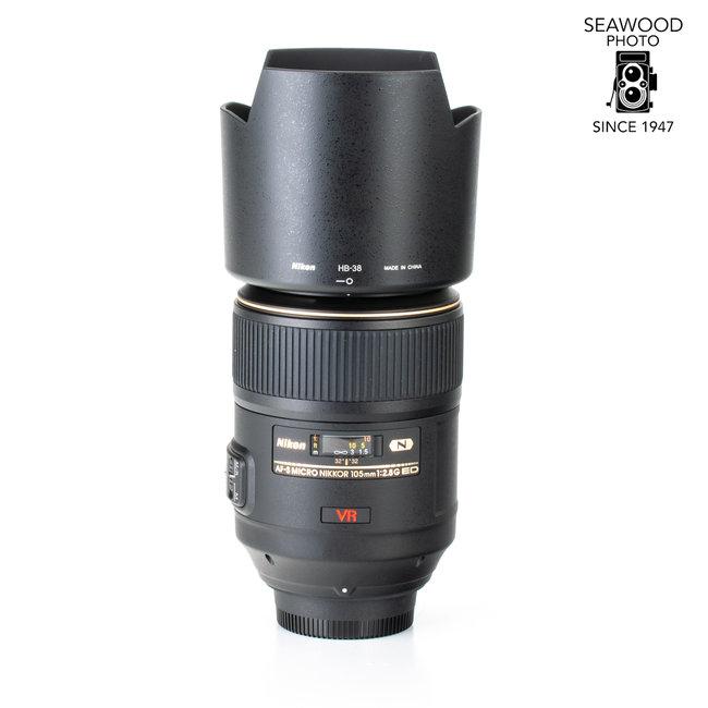 Nikon Nikon 105mm f/2.8 AF-S Micro Nikkor G VR ED EXCELLENT