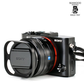 Sony Sony RX1r M2 Full-Frame w/Zeiss 35mm f/2 Sonnar 42.4mp EXCELLENT