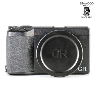 Ricoh Ricoh GRIII w/ Extra Battery, Grip, and Flash EXCELLENT