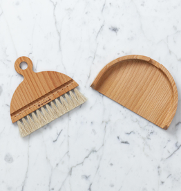 Iris Hantverk Nesting Beech Table Brush + Pan Set