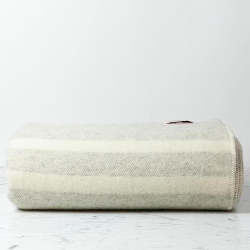 """MacAusland Wool Queen Size Blanket - Light Grey Tweed - 78 x 104"""""""