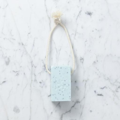 Iris Hantverk Natural Swedish Soap On A Rope - Poppy Mint