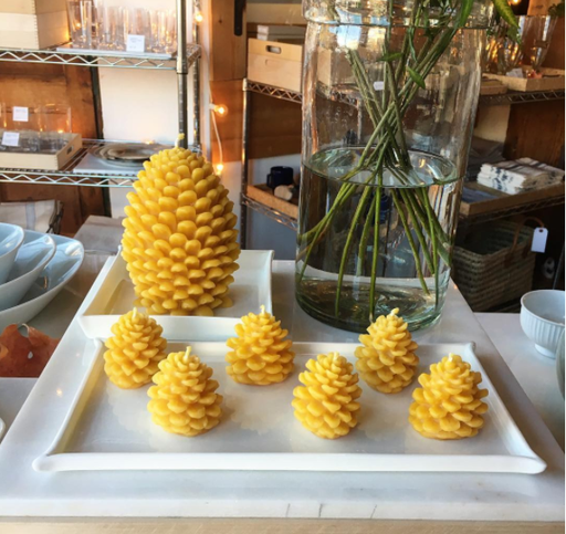 Old Mill Candles Mini Beeswax Pinecone