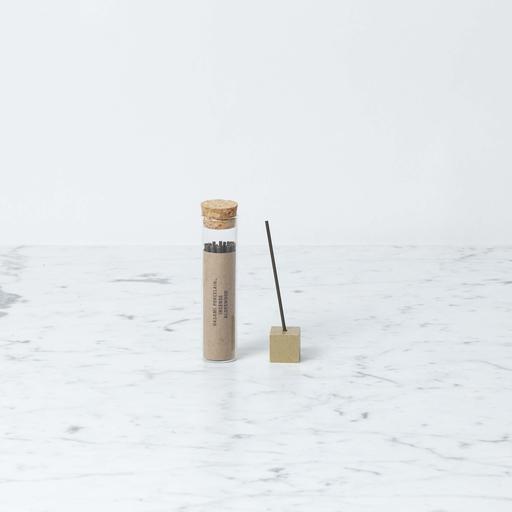 Saikai Toki Hasami Incense - Aloeswood - 20 minutes - 24 pieces