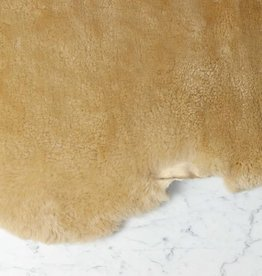 Farmhouse Sheepskin - Short Oat Fleece
