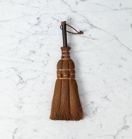 Japanese Hemp Palm Hand Broom with Wooden Handle