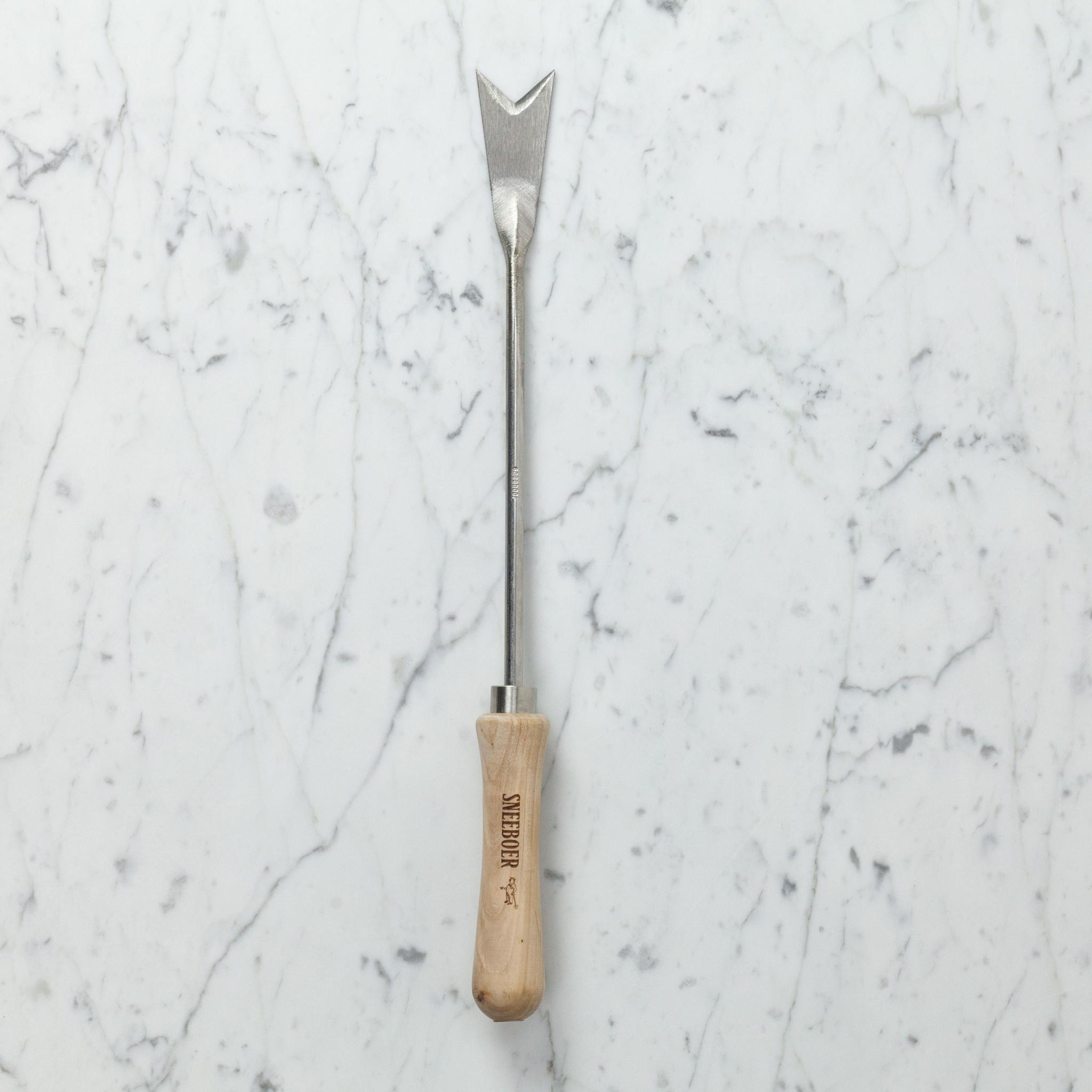 Sneeboer Hand Forged Dutch Dandelion Digger