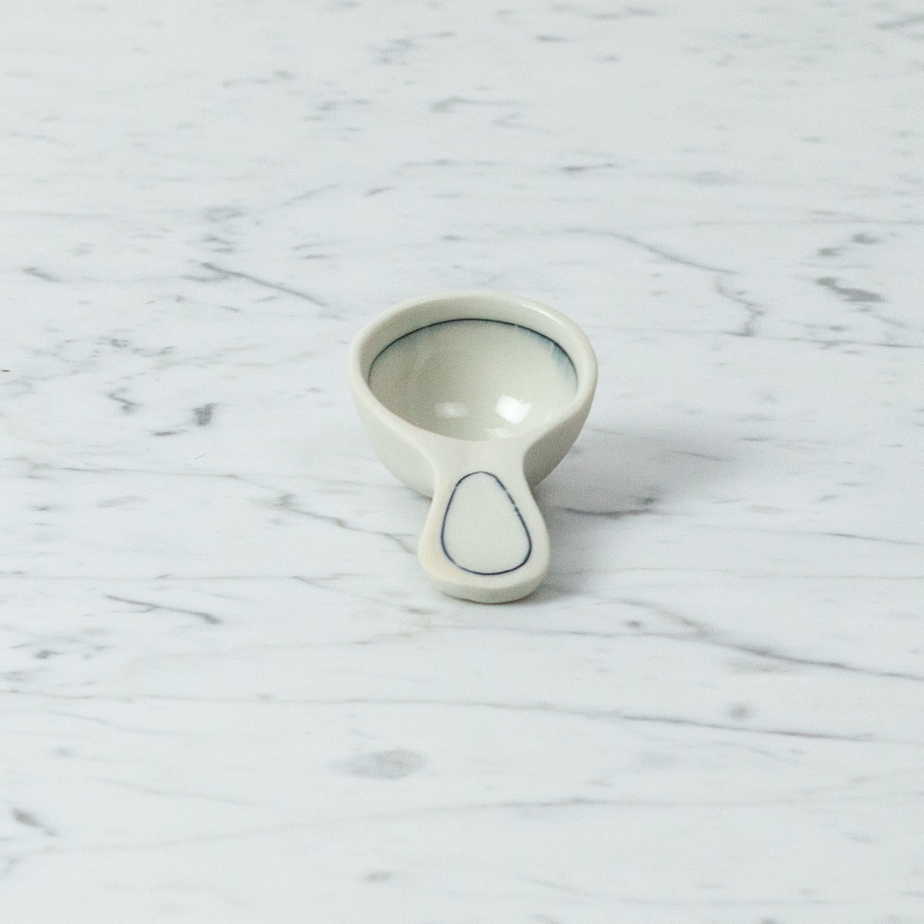 "Nicole Aquillano Nicole Aquillano Porcelain Simple Line Round Coffee Scoop - 3.5"""