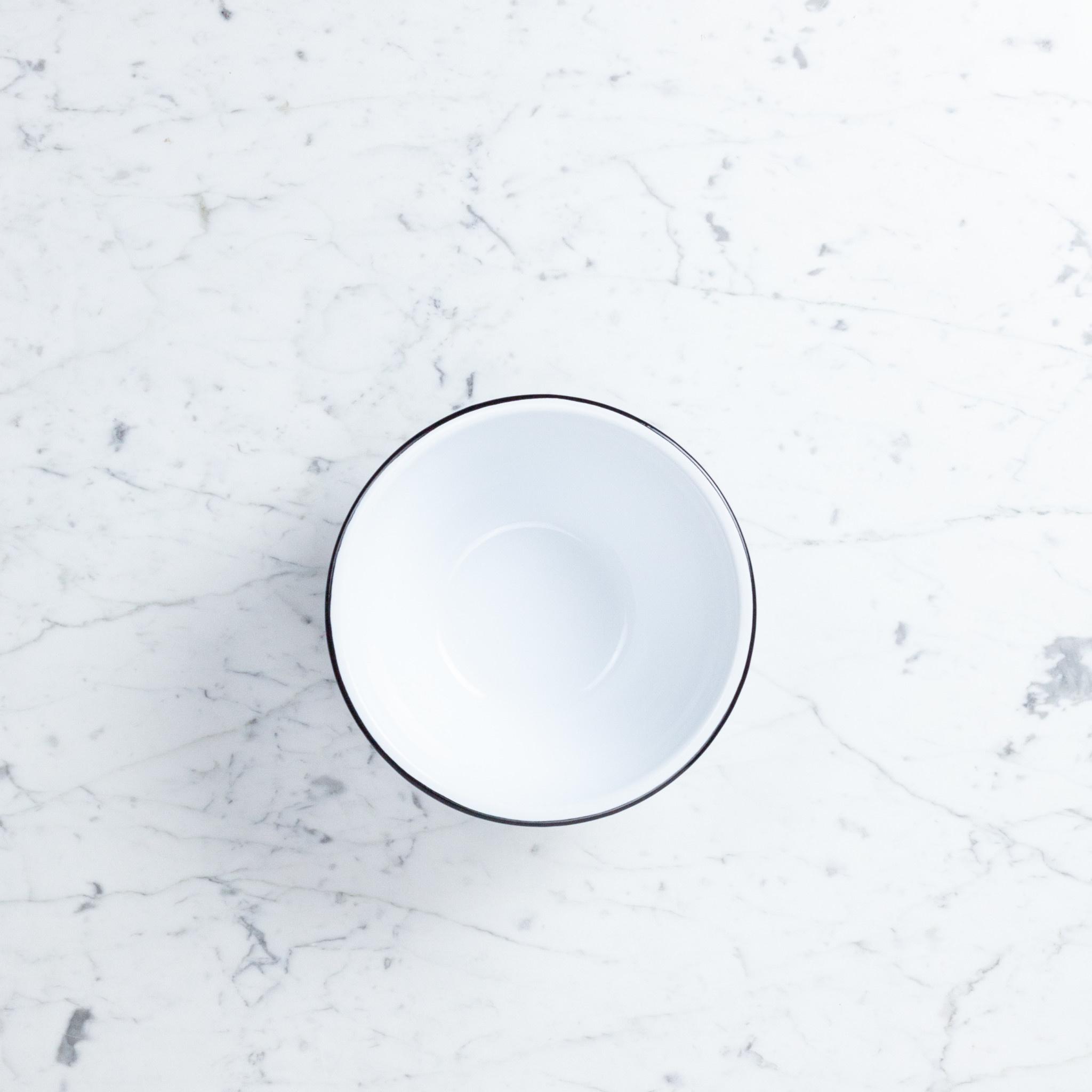 "Black + White Enamel Serving Bowl - Small - 2 qt - 8"""