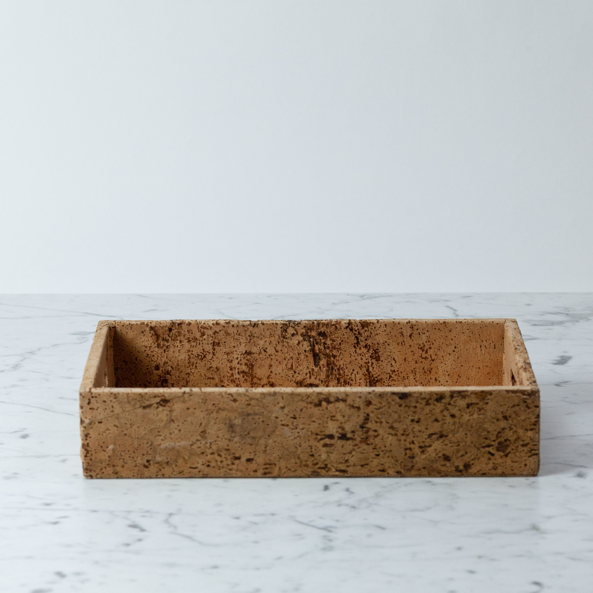 BIDKhome / Serax Cork Rectangular Tray with Handles - Small - 8 x 13""