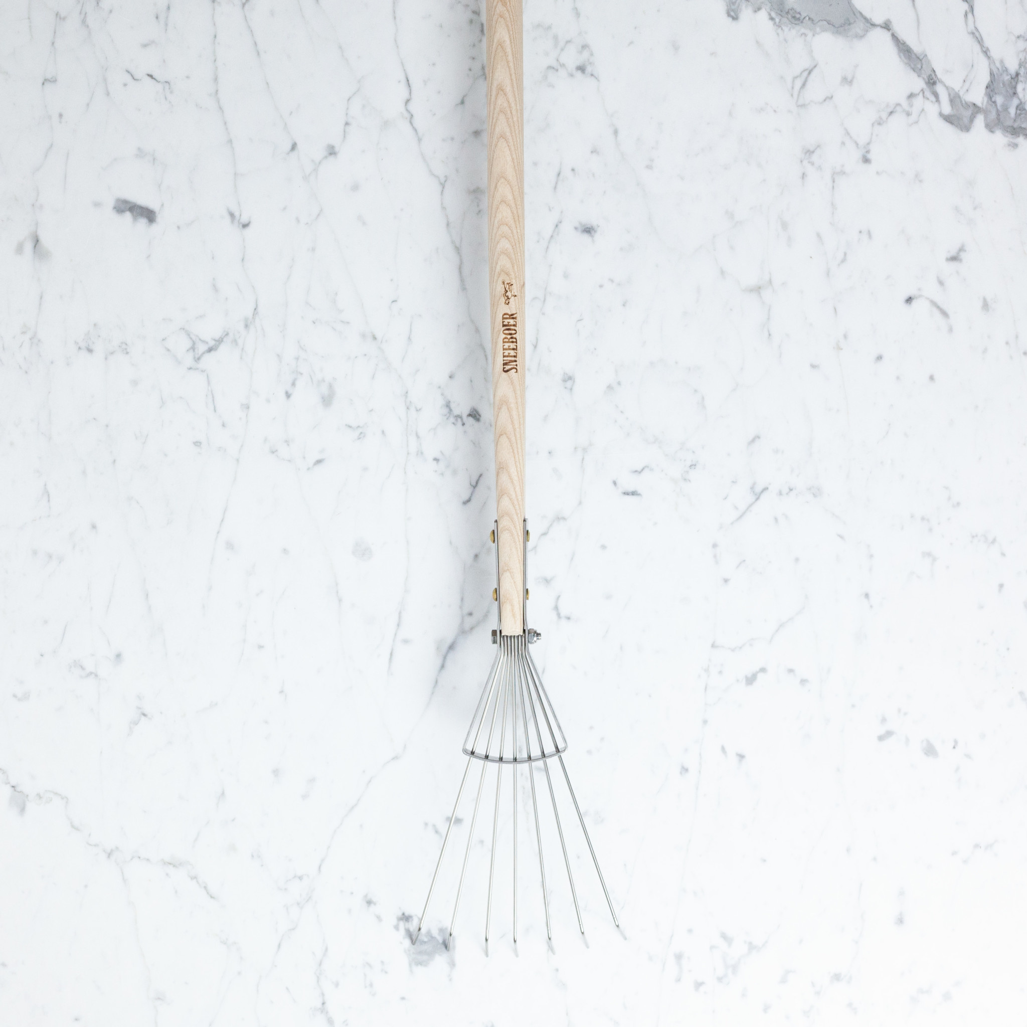 Sneeboer Hand Forged 7 Tine Long Leaf Rake - 68""