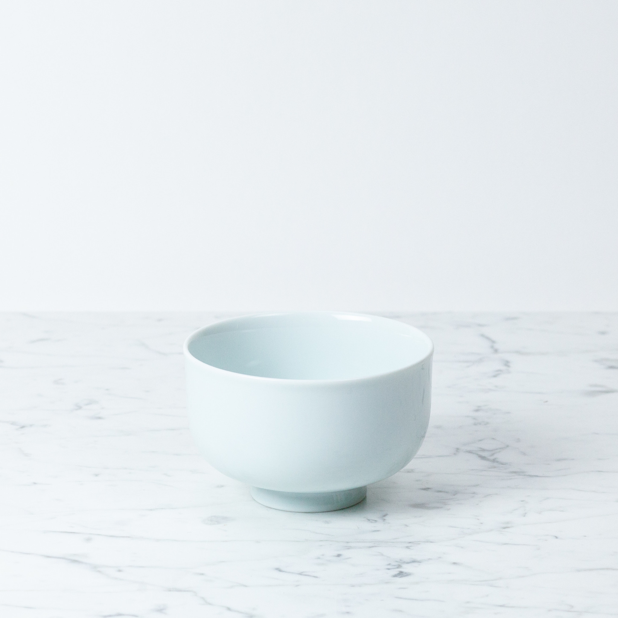 MIZU MIZU mizu-mizu Curved Bowl with Foot - Bluish White - Medium - 5""