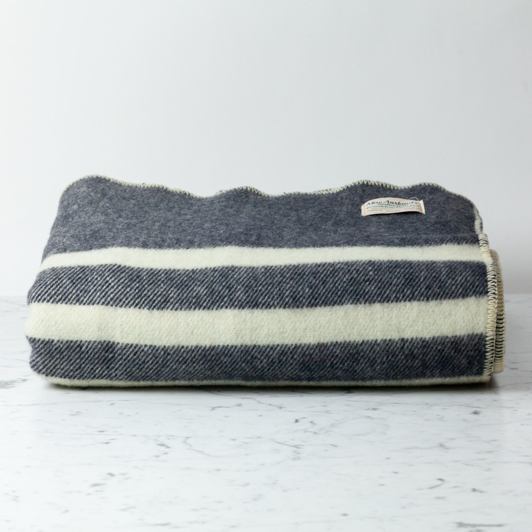 """MacAusland MacAusland Wool Queen Size Blanket - Black Tweed - 78 x 104"""""""