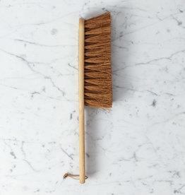 Iris Hantverk Oil Treated Beech and Coconut Fiber Broom with Hanging Loop