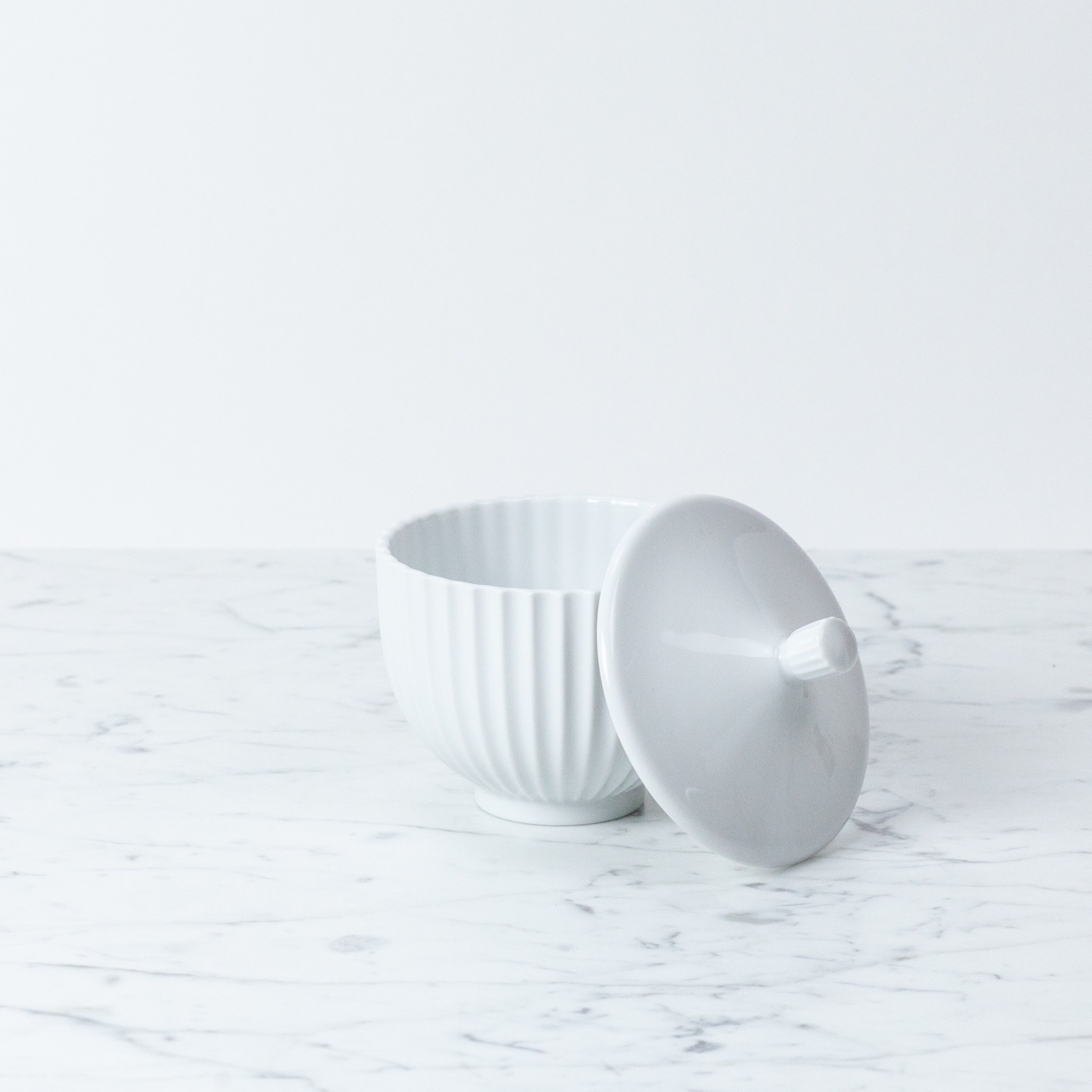 Lyngby Porcelain Lyngby Bonbonniere - 10 cm - White Porcelain