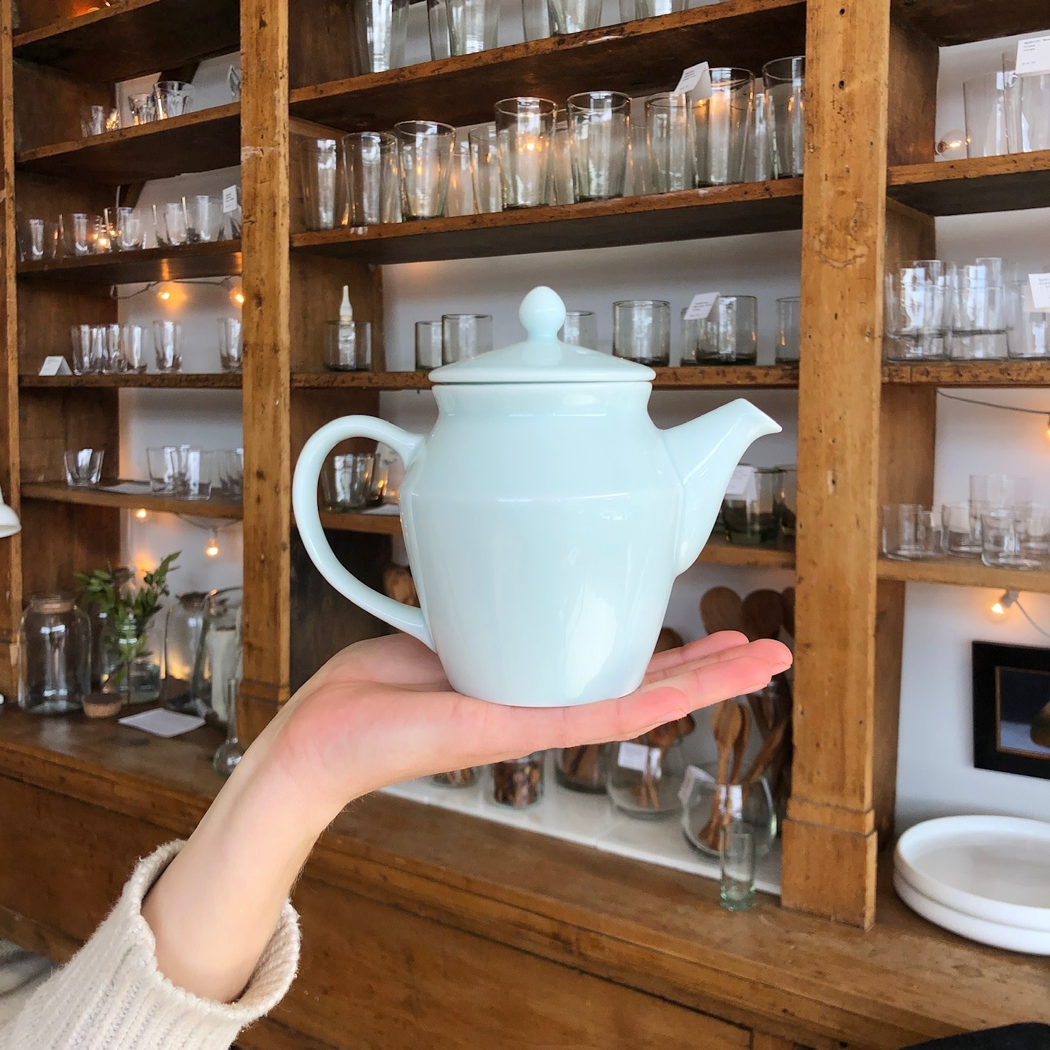 MIZU MIZU PREORDER mizu-mizu Little Porcelain Tea Pot - Bluish White