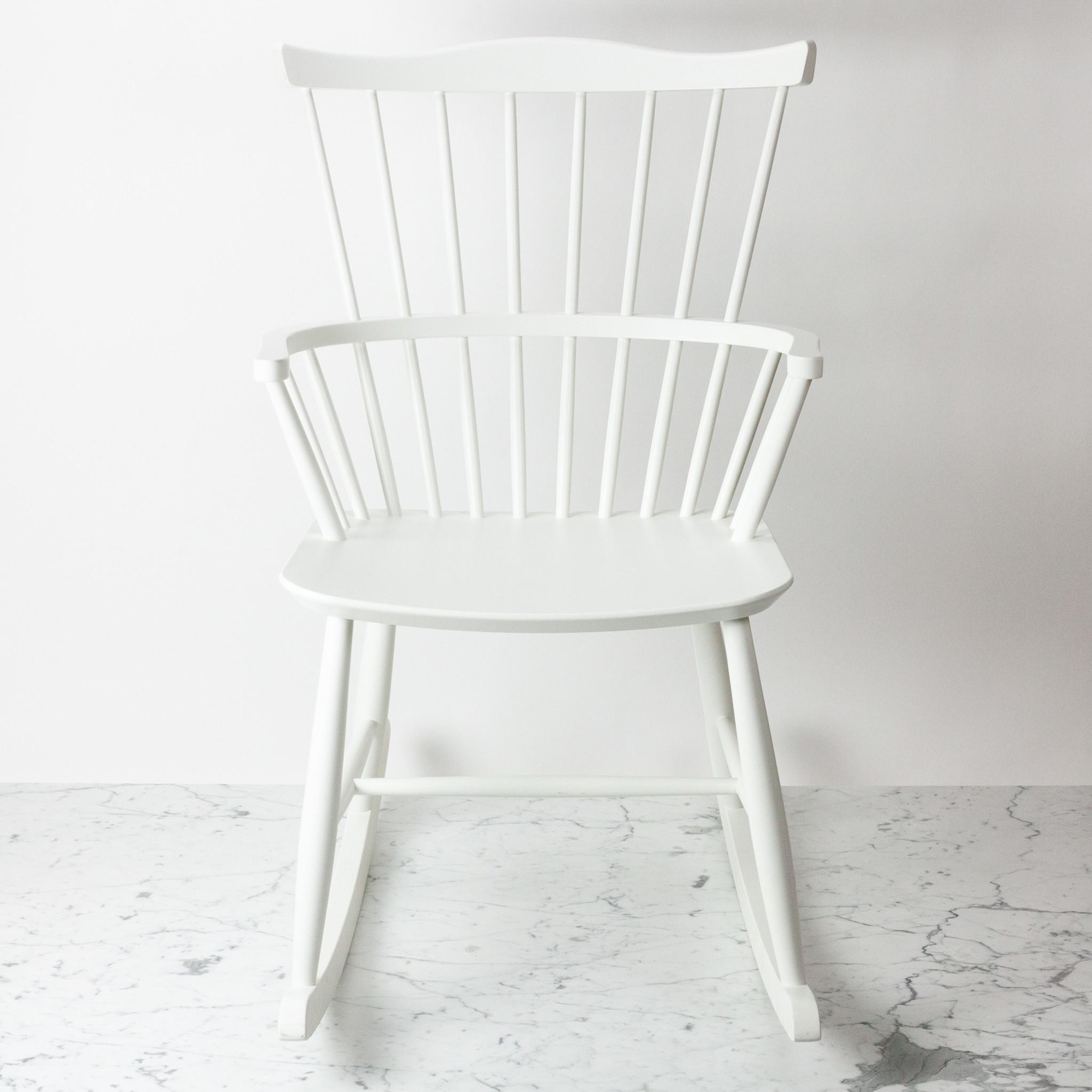FDB Mobler FLOOR SAMPLE - FDB Mobler Rocking Chair - White Beech