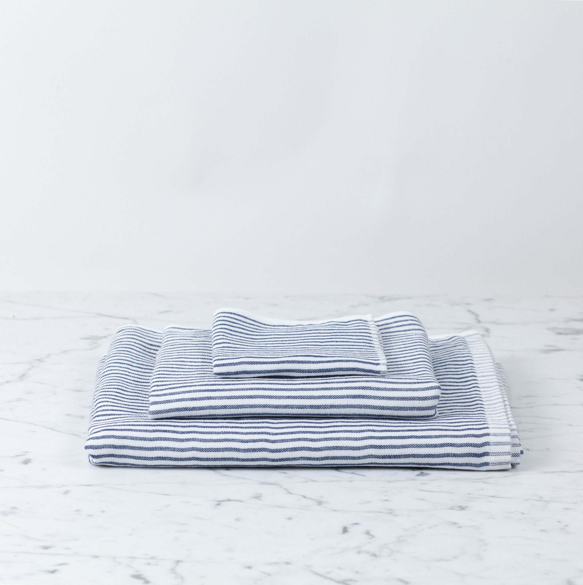 Shirt Stripe Hand Towel - Navy Breton Stripe