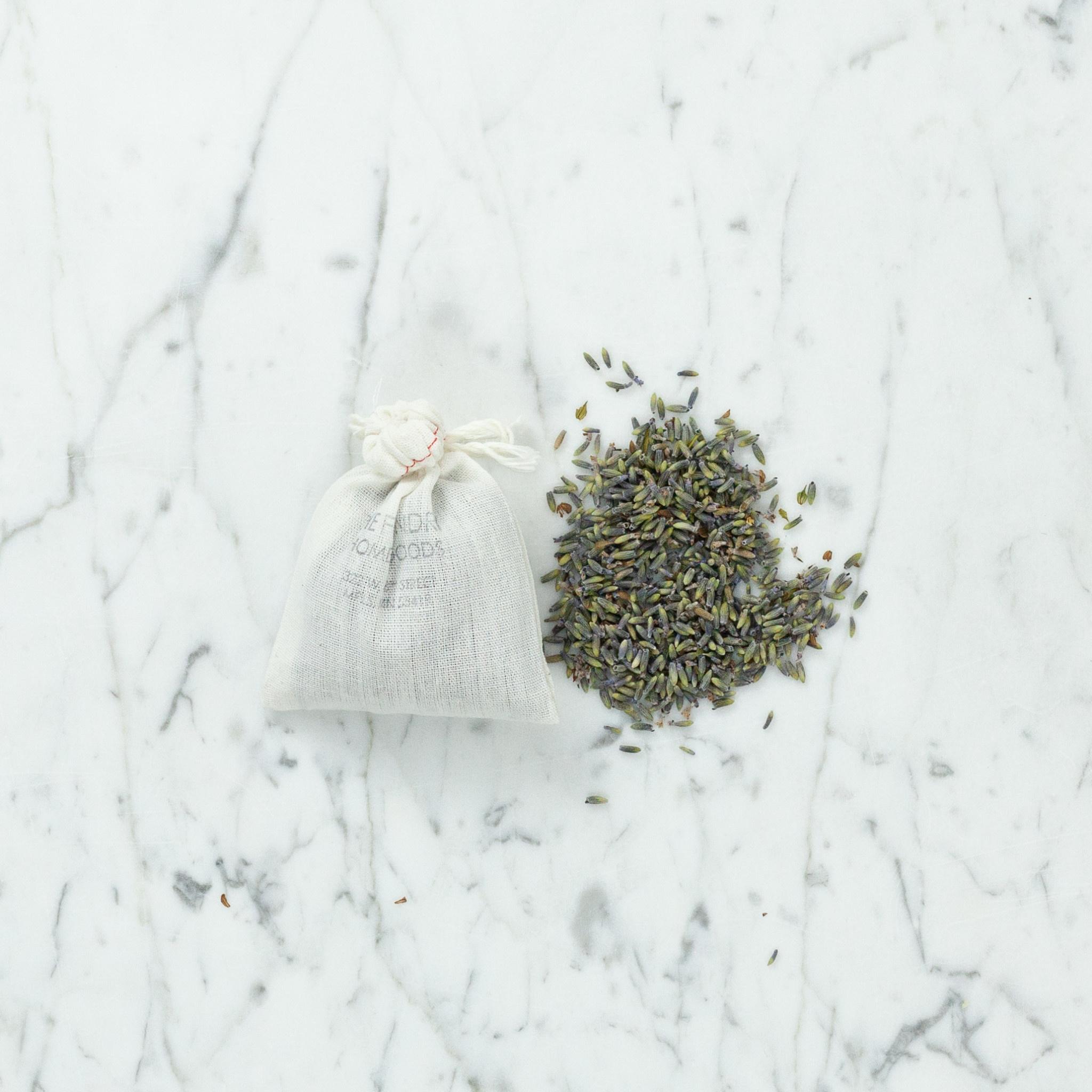 Lavender Buds in a Muslin Bag - 3.5 oz
