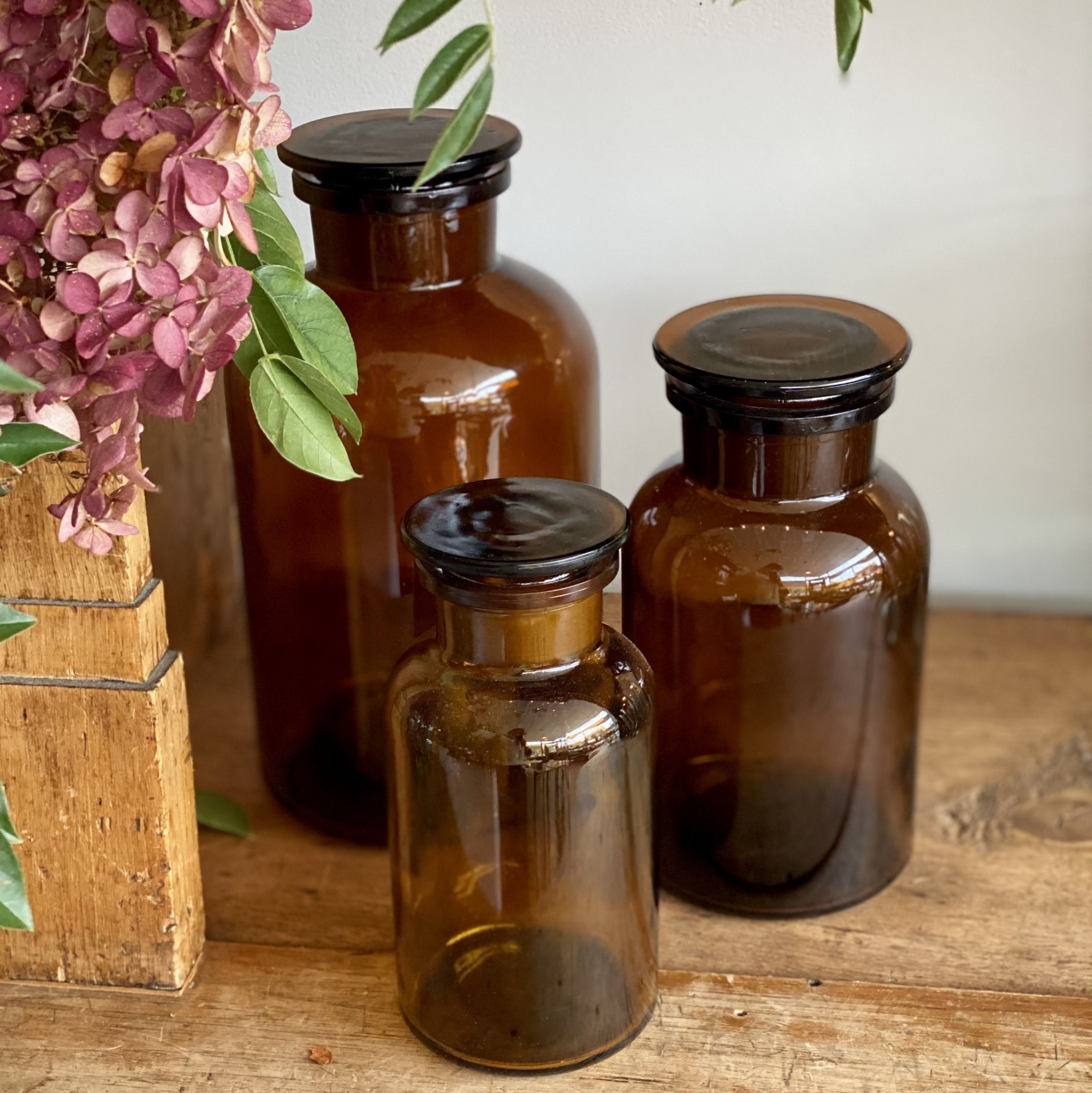 Amber Apothecary Bottle - 1 Liter