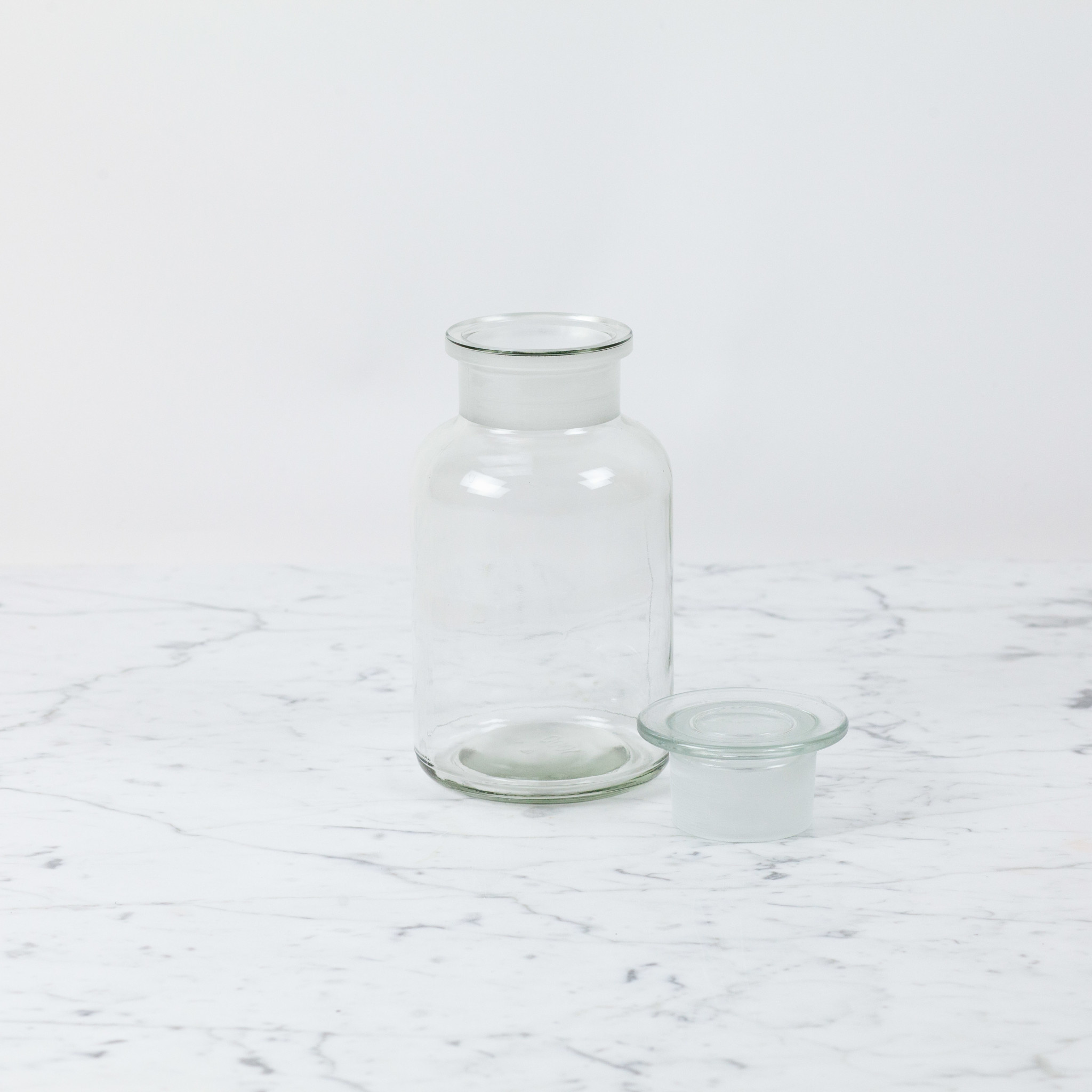 Clear Apothecary Bottle - 1 Liter