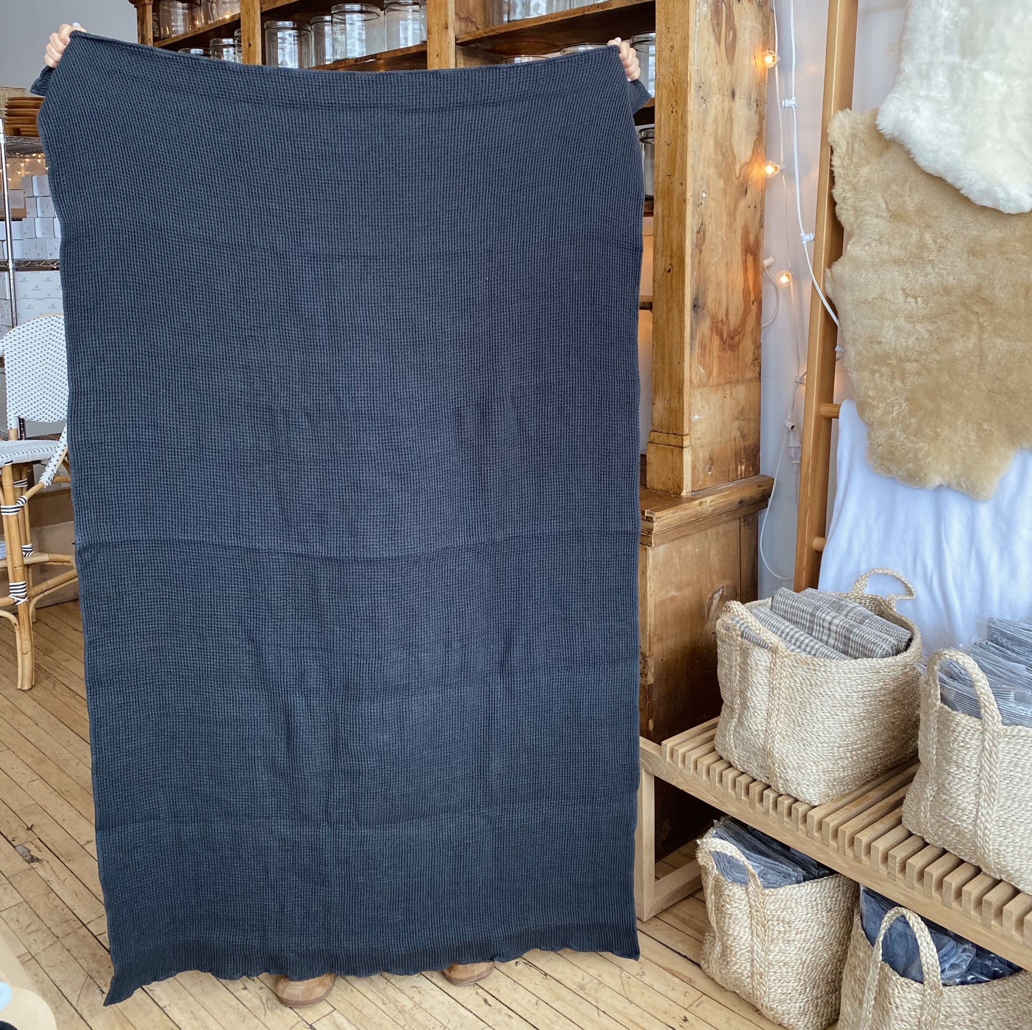 """Washed French Linen + Cotton Thermal Waffle Bath Towel - Black - 40 x 62"""""""