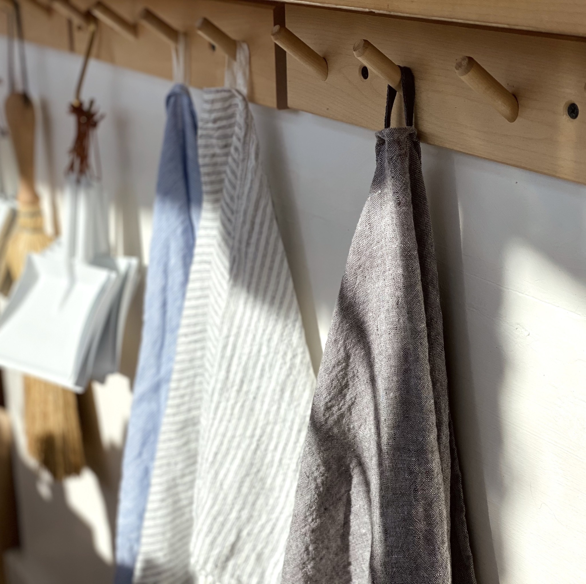 """Washed French Linen Dish or Hand Towel with Hidden Apron Strings - Grey Chambray - 22 x 30"""""""