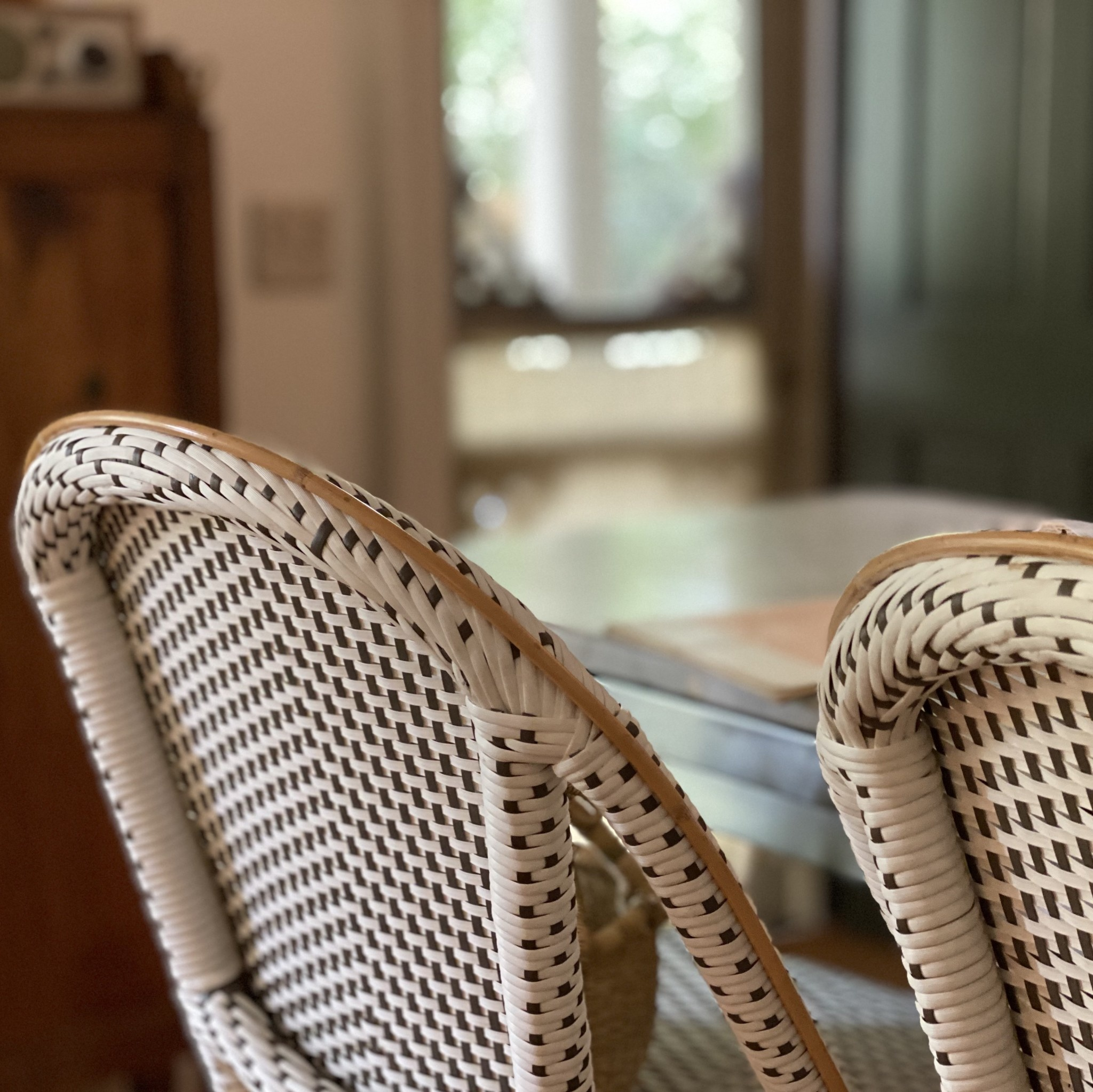 Sika-Design Sofie Rattan Bar Stool with Back - White with Cappuccino Dots