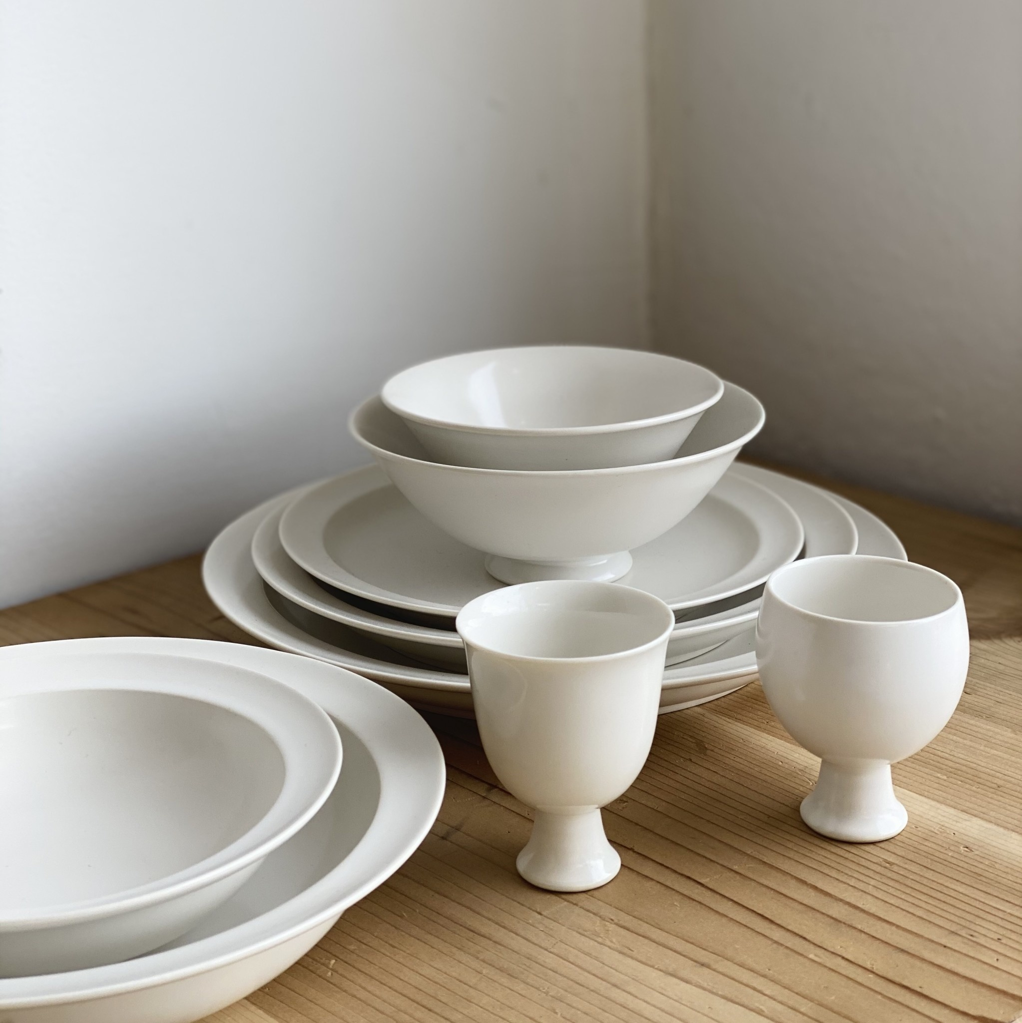 Jicon Porcelain Pedestal Vessel - Round Cup - 2.75 in