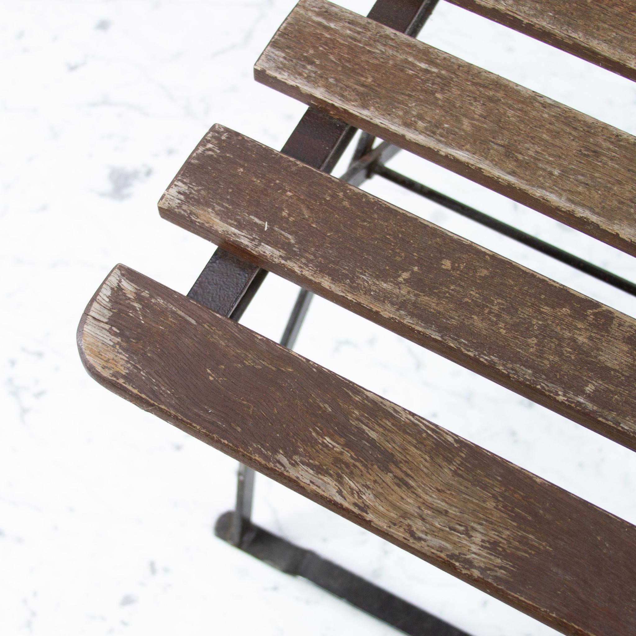 Blue Ocean Traders Vintage Folding German Bistro Chair