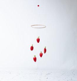 PetitFelts PetitFelts Strawberry Mobile