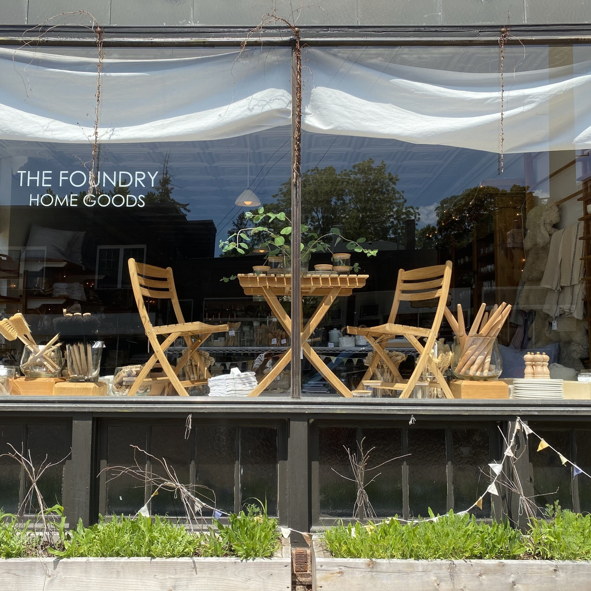 Skagerak Selandia Outdoor Folding Side Chair - Teak
