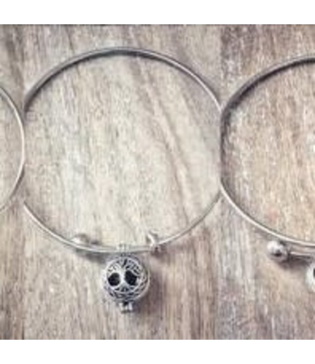 Freckle Face Essential Oil Bangle