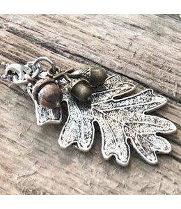 Freckle Face Leaf & Acorn Long Necklace