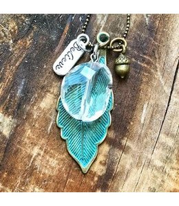 Freckle Face Freckle Face Patina leaf w/believe necklace
