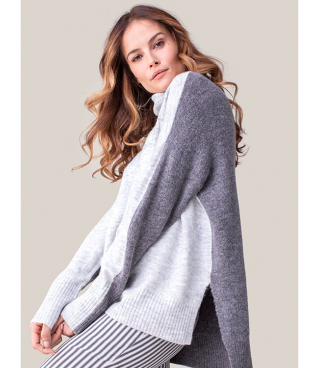 Tribal Turtle neck color block sweater-grey mix