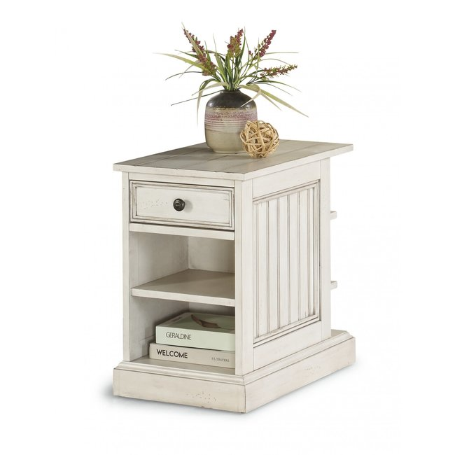 Harmony | CHAIRSIDE TABLE | W1070-07